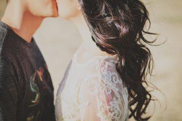 Психолог рассказал, от чего зависят счастливые отношения
