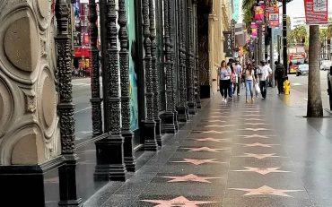 Джулия Робертс и Крис Хемсворт получат звезды на голливудской Аллее славы