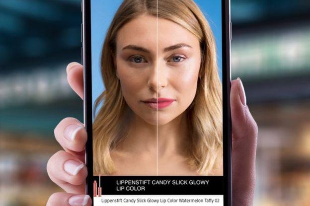 Макияж будущего: топ-3 уникальных технологических бьюти-приема