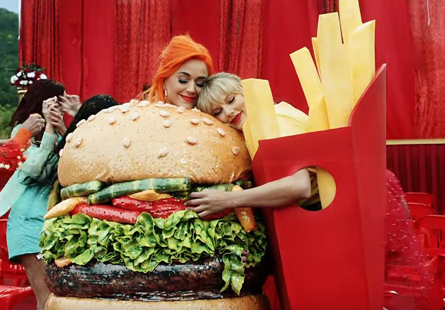 Дедженерес, Рейнольдс и Перри поддержали ЛГБТ-движение в новом клипе Тейлор Свифт