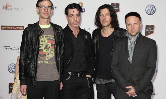 Rammstein выпустили духи с нотками кокаина