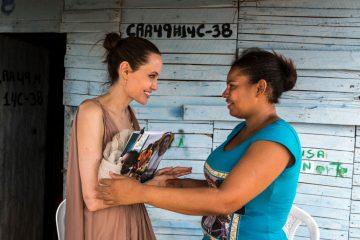 Анджелина Джоли стала редактором колонки в Time