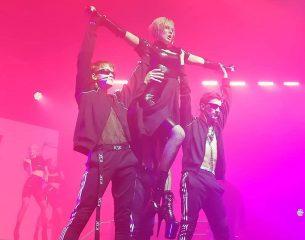 """Группа """"Kazaky"""", новые песни и танец на пилоне: в Киеве прошел первый сольный концерт MARUV"""