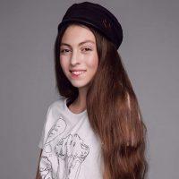 Дочь Оли Поляковой решила обучится модельному делу у Аллы Костромичевой
