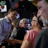 Трюдо стал первым канадским премьер-министром, посетившим гей-бар