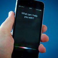 Apple уволила более сотни человек, которые прослушивали записи в Siri