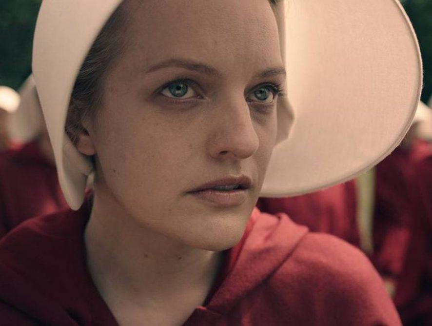 """Hulu отложил премьеру нового сезона """"Рассказа служанки"""""""