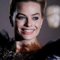 Марго Робби вышла в свет в роскошном платье от Oscar de la Renta