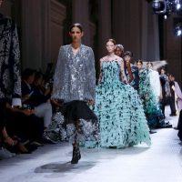 Вдохновение от Givenchy: в парижском музее представили кутюрную коллекцию бренда