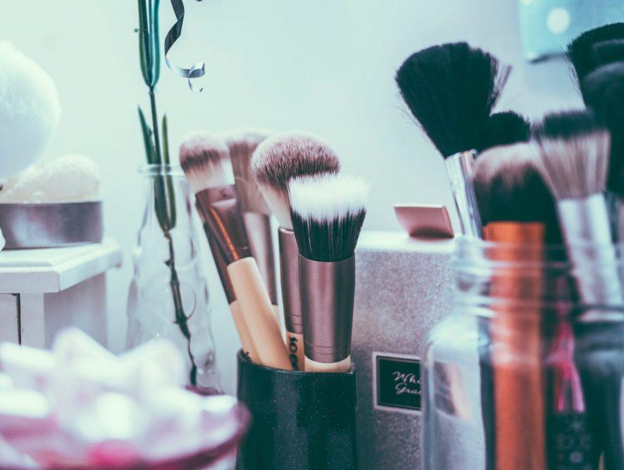 Мейк-ап по расписанию: 7 полезных книг о макияже