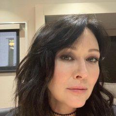 """Доэрти вернется к перезапуску """"Беверли-Хиллз, 90210"""" в память о Перри"""