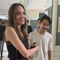 Сын Джоли и Питта впервые обмолвился об отношениях с звездным отцом