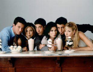 """Без Энистон и с умницей Джоуи: каким мог быть сериал """"Друзья"""""""