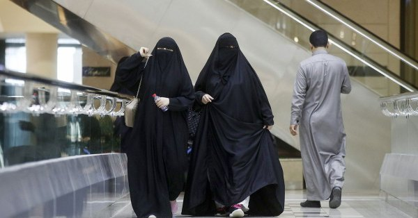 Саудовская Аравия разрешила женщинам путешествия без одобрения мужчин