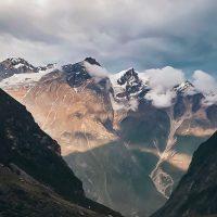 Покорение Эвереста: для альпинистов установят новые правила