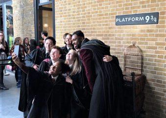 Новый учебный год: фанаты Гарри Поттера отпраздновали возвращение в Хогвартс