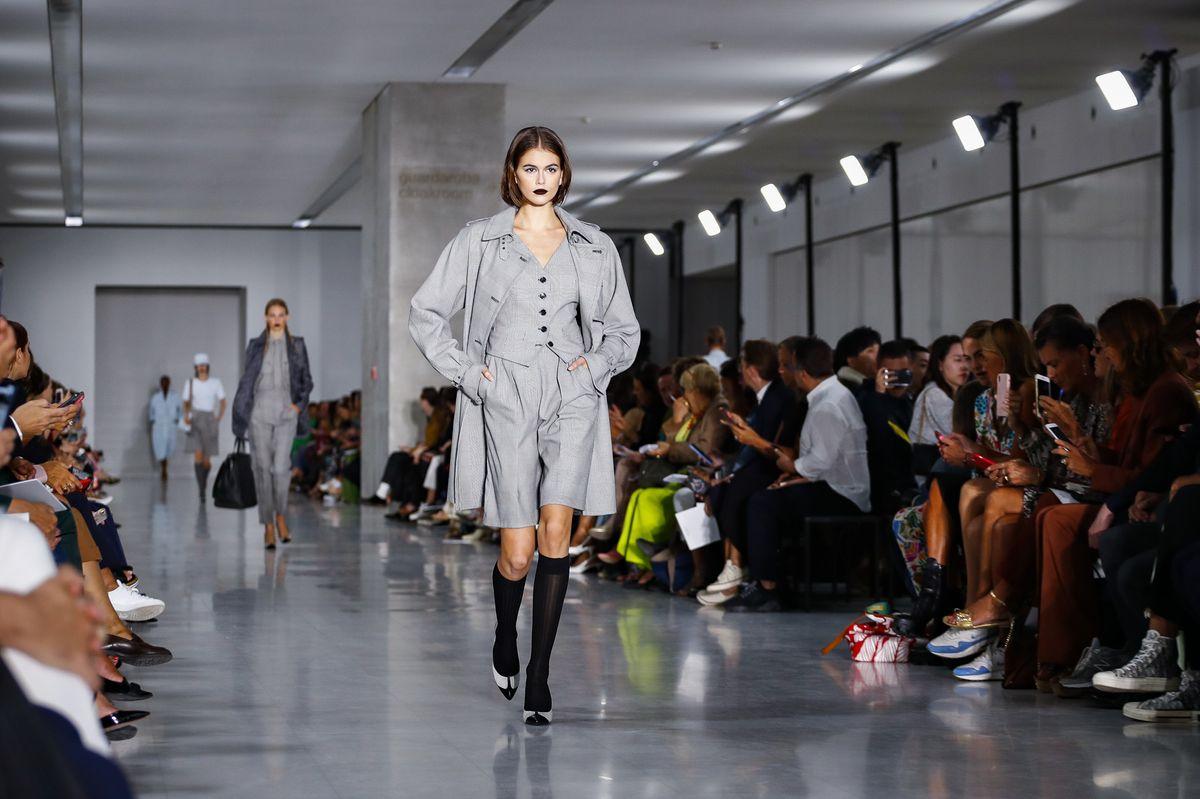 Одеться в один цвет: Max Mara презентовали коллекцию на сезон весна-лето 2020