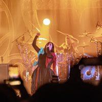 Evanescence в новом клипе показали, как проводят карантин