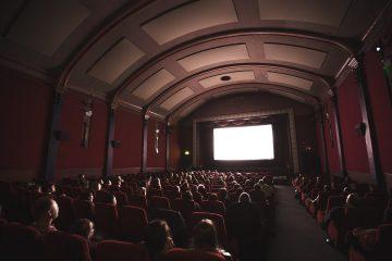 Ослабление карантина: в Киеве открыли кинотеатры