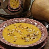 Осеннее меню: тыквенный крем-суп