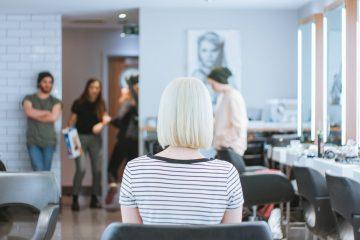 Стрижка на сухие волосы: в чем преимущество новой бьюти-техники