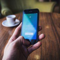 Спорт, игры, звезды: Twitter запустит тематические подписки