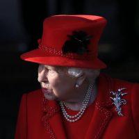 Королева Елизавета II обратилась к нации в связи с коронавирусом