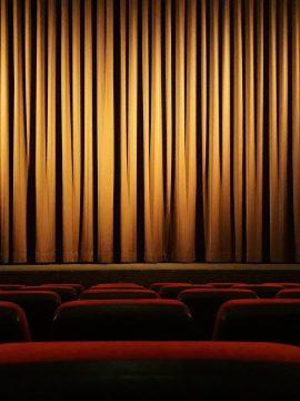 """""""Черный ворон"""", """"Достать ножи"""" и """"Аэронавты"""": что посмотреть в кино на этой неделе"""