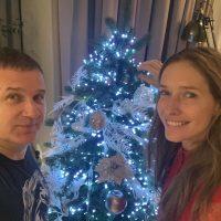 Почти готовы к Новому году: Екатерина Осадчая показала, как украсила елку