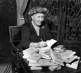 День памяти Агаты Кристи: мудрые цитаты королевы детектива