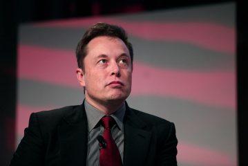 Илон Маск объяснил, где лучше создать первую базу на Марсе