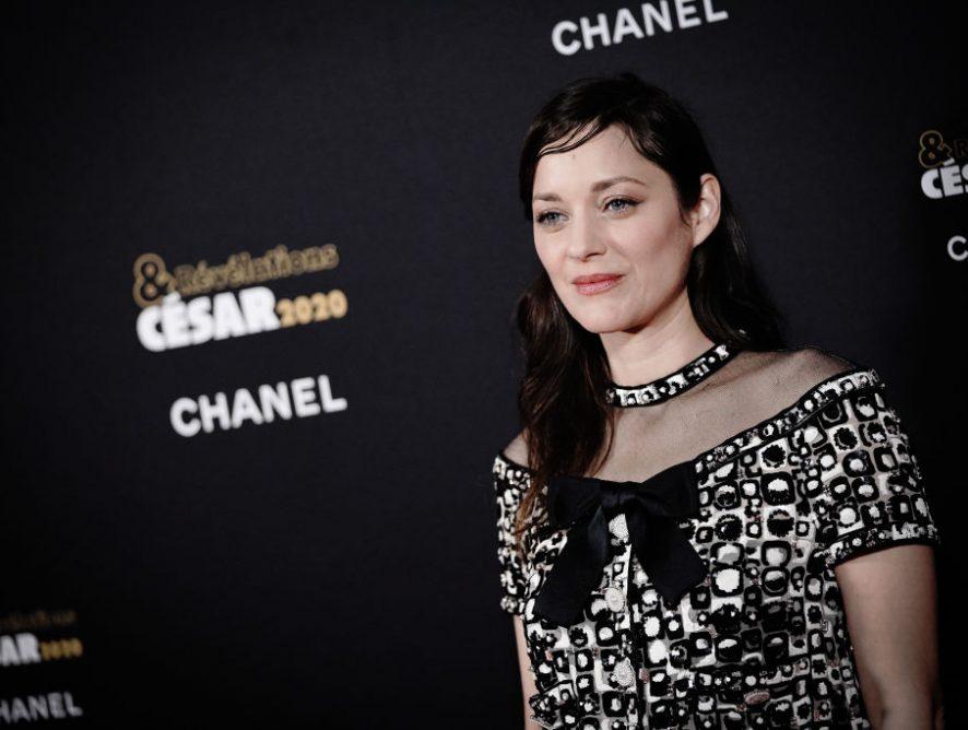Марион Котийяр стала новым лицом культового аромата от Chanel