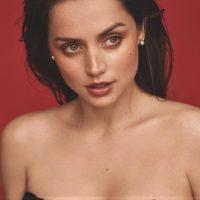 Ана де Армас снялась для обложки испанского Vogue