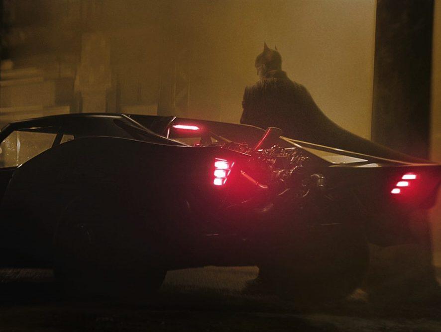 "Супермена и Чудо-женщину застали на съемках нового ""Бэтмена"""