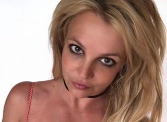"""""""Побила"""" рекорд: Бритни Спирс заявила, что бегает стометровку быстрее Усэйна Болта"""