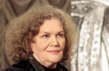 Лине Костенко - 90: 5 пронзительных стихов украинской поэтессы