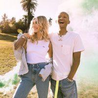 В стиле фестивалей: Хейли Бибер и Джейден Смит позируют для Levi's