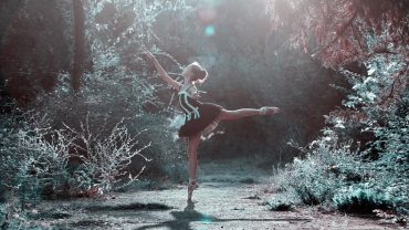 Что делать на карантине: Dior начал выпускать видеоуроки балета