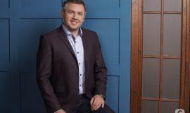 Дмитрий Карпачев объяснил, стоит ли стучать в дверь, заходя в комнату к ребенку