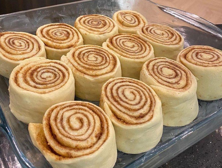 Эктор-Хименес Браво поделился рецептом нежных булочек синнабон
