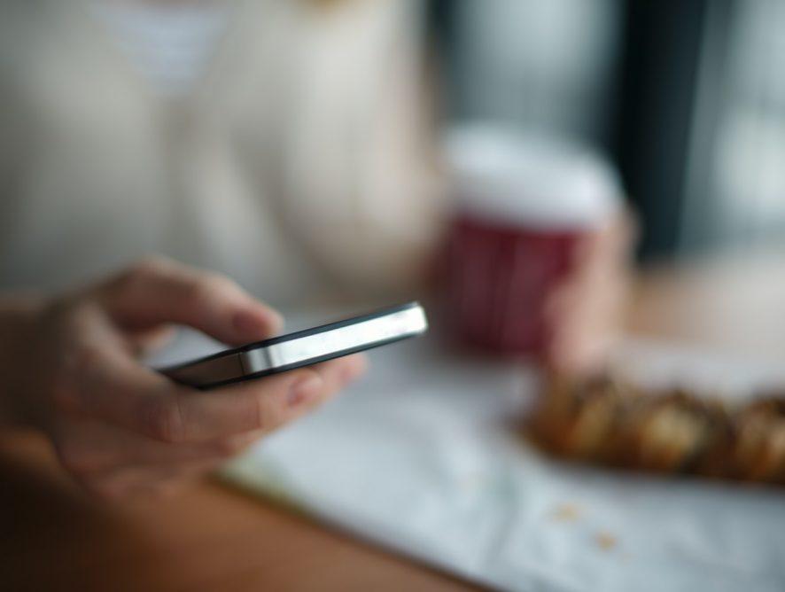 Приложение для знакомств Badoo обезопасит пользователей от непристойных фото