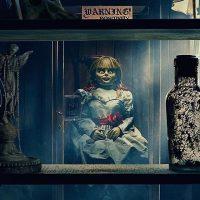 """Аннабель на месте: владелец музея опроверг """"побег"""" зловещей куклы"""