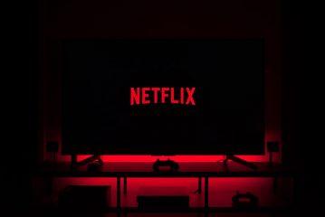 Композитор Ханс Циммер создал музыку для вступительного ролика Netflix