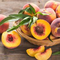 Влияет на зрение и помогает похудеть: кулинар рассказала, чем полезен персик