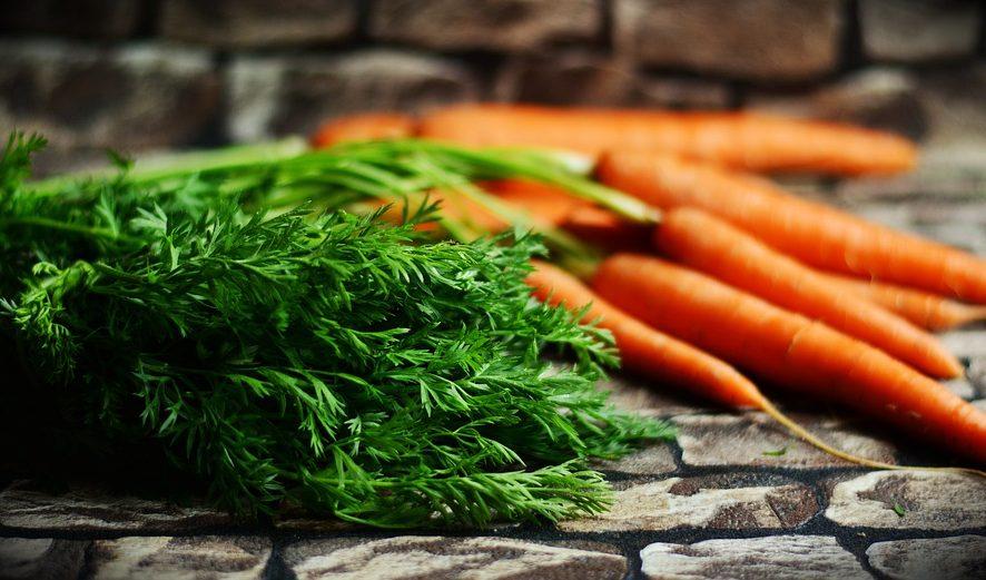 Шеф-повар поделился оригинальным рецептом овощных заготовок на зиму