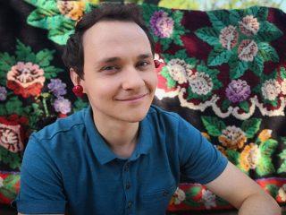 """Звезде """"Коли ми вдома"""" Косте Войтенко исполнилось 30: эксклюзивное интервью с актером"""