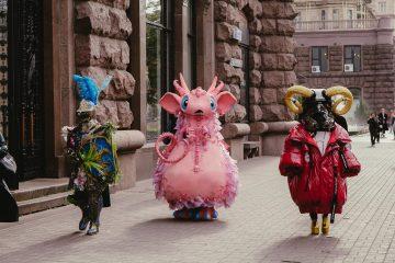 """Маскарад"": фантастические герои проекта удивляли киевлян на Крещатике"