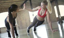 Мысли и действия: тренер рассказала, как при упражнениях фиксировать голову и шею