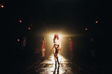Gorit: Надя Дорофеева представила клип на первую сольную песню