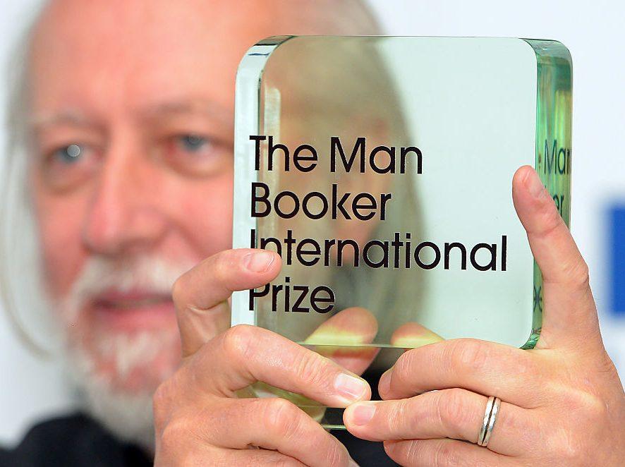 Букеровскую премию 2020 года присудили шотландцу за дебютный роман